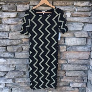 LulaRoe Black Gold Chevron Julia Dress NWT Small